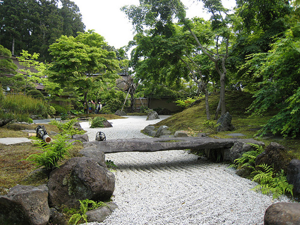 October 2012 luxury lifestyle design architecture for Japanese stone garden