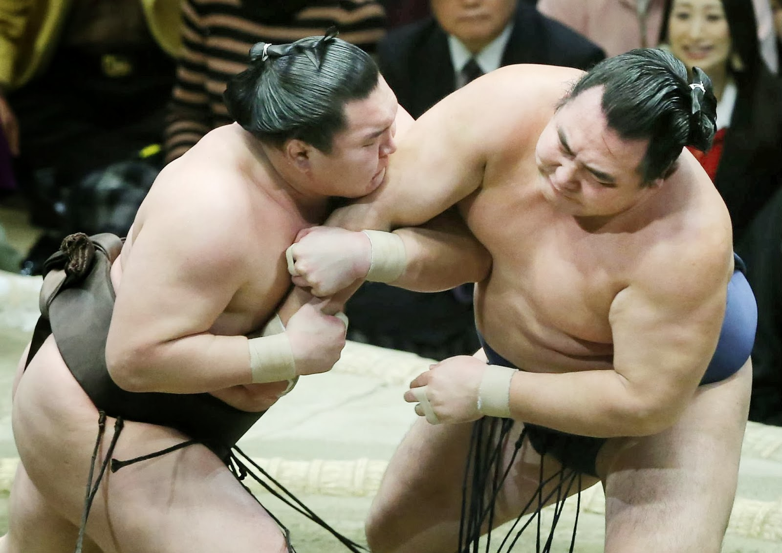 2014, Championship, Emperor's Cup, Grand, Hakuho, Japan, Japan Sumo Association, Kakuryu, Kokonoe, Mongolian, New Year, Record, Sports, Sumo, Tokyo, Tournament, Victory, Winner,