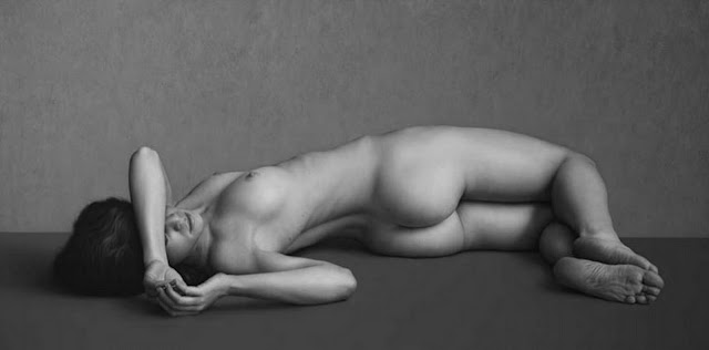 dibujos-de-mujeres-desnudas