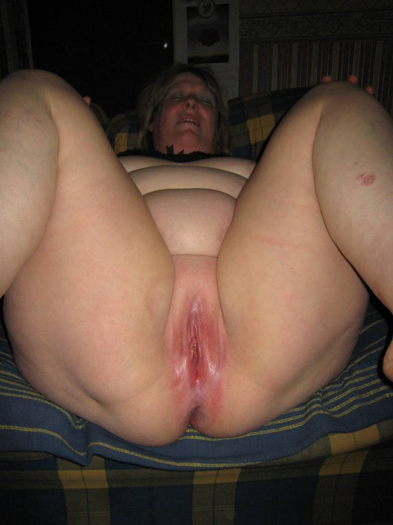 Milf pussy home made
