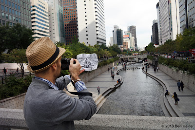 Ben Heine working on Pencil Vs Camera 77 in Seoul - © 2013