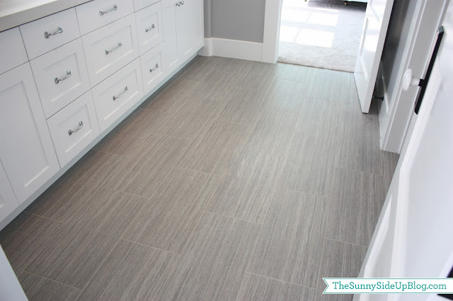 chose a grey tile for the floor i used this same tile in my