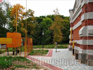 Газораспределительная система около замка в усыпальнице Святополк-Мирских