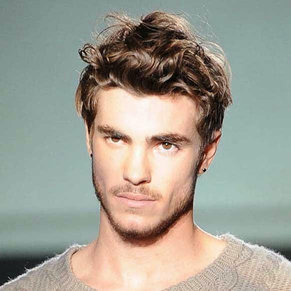 25 Cortes de cabello de hombres que los hace irresistibles OkChicas - Cabello Lacio Hombres Peinados
