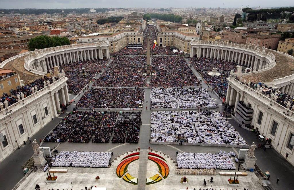 Vatikán, Ferenc pápa, II. János Pál pápa, szentté avatás, XXIII. János pápa