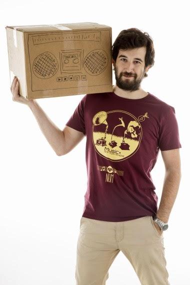 http://www.nountilmonday.com/es/home/44-camiseta-gramophones.html