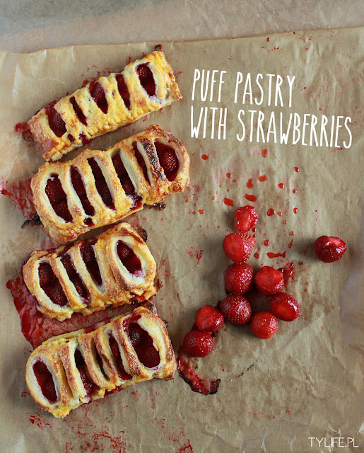 puff pastry with strawberries