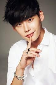 Biodata dan Foto Terbaru Lee Jong-suk Pemain Drama Korea Pinocchio RCTI