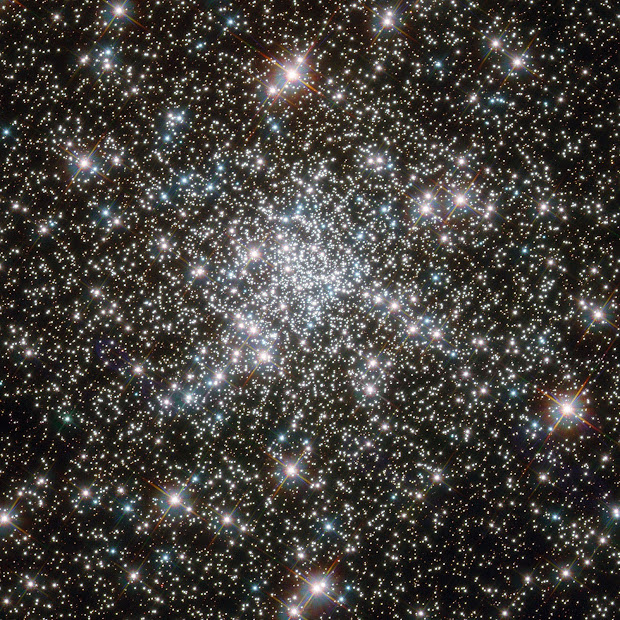 NGC 6752: young Stars at home in an ancient Cluster!