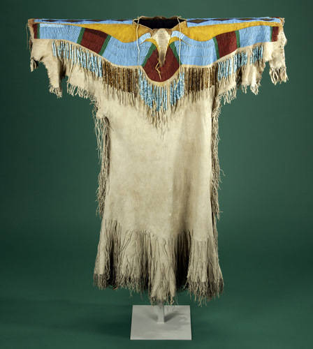 Nez Perce Clothing For Men http://stitchinguphistory.blogspot.com/2011/07/details-and-tribal-variations-of-two.html