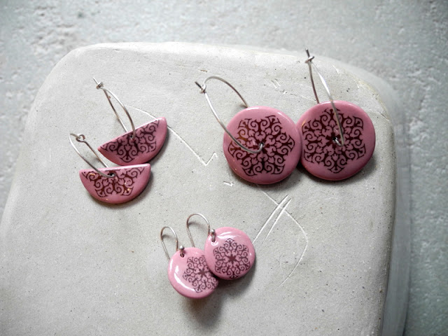 iron oxide decals on jewelry