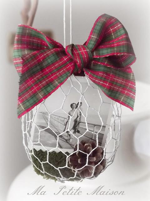 Palla di Natale in rete da conigliera