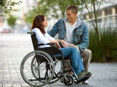 Deficientes Físicos: Como sobrevivem nesta sociedade ineficiente?
