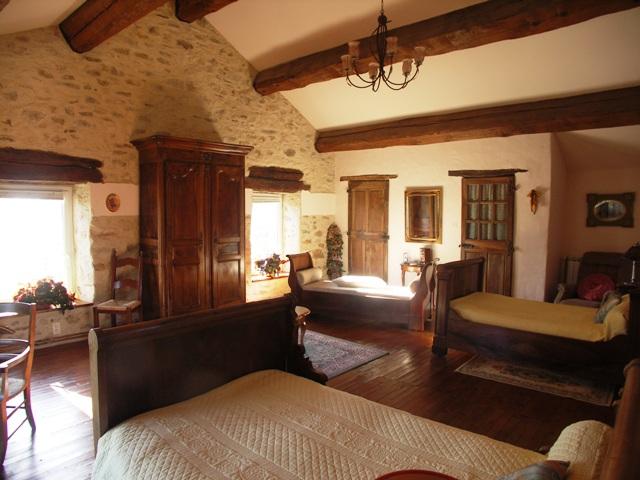 Estilo rustico casa rustica en las black mountain de carcasonne - Casas con estilo rustico ...