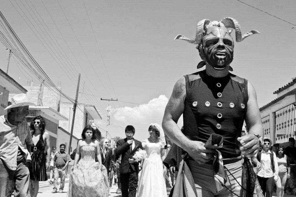 fiesta de carnaval en tilcajete oaxaca