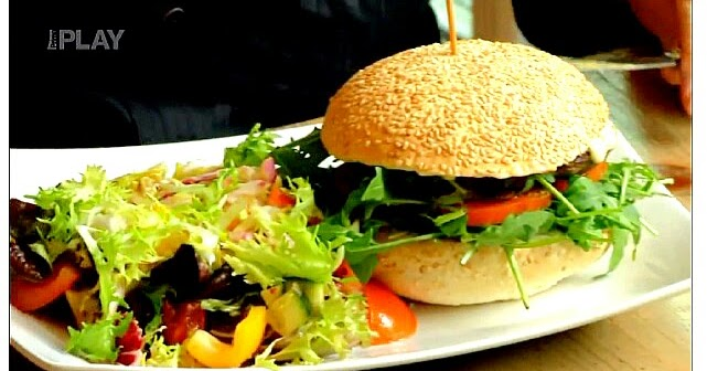 Vegabund ano fe ve vegansk restauraci czech version for Kitchen nightmares burger kitchen
