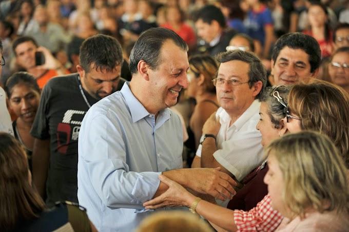Com 84% de aprovação, governador Omar Aziz tem a melhor avaliação do Brasil