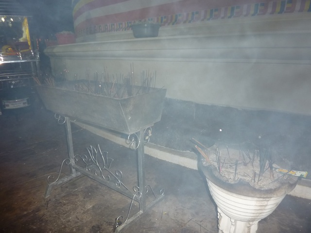 Perahera le passage au temple de Kataragama