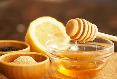 chanh đường và mật ong kết hợp tạo thành keo wax lông tuyệt vời