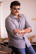 Chiranjeevi latest rocking photos-thumbnail-16