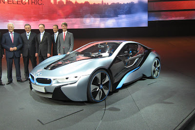 15 bmw i3 i8 live 1 BMW i3 & i8, Konsep Mobil Listrik Masa Depan