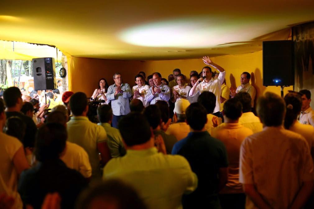 Em Inauguração de Comitê, Paulo Câmara diz que adversários sentem medo do crescimento de sua campanha
