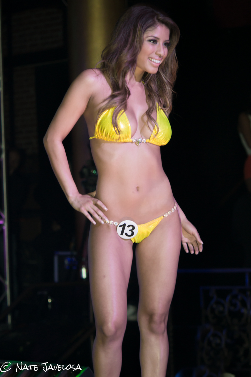 West Coast Hooters Swimsuit Finals Pageant 2013: Summertime Dreaming