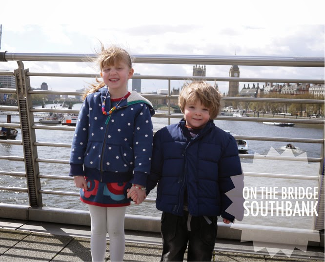 The children on hungerford bridge with big ben in the background by Alexis at www.somethingimade.co.uk