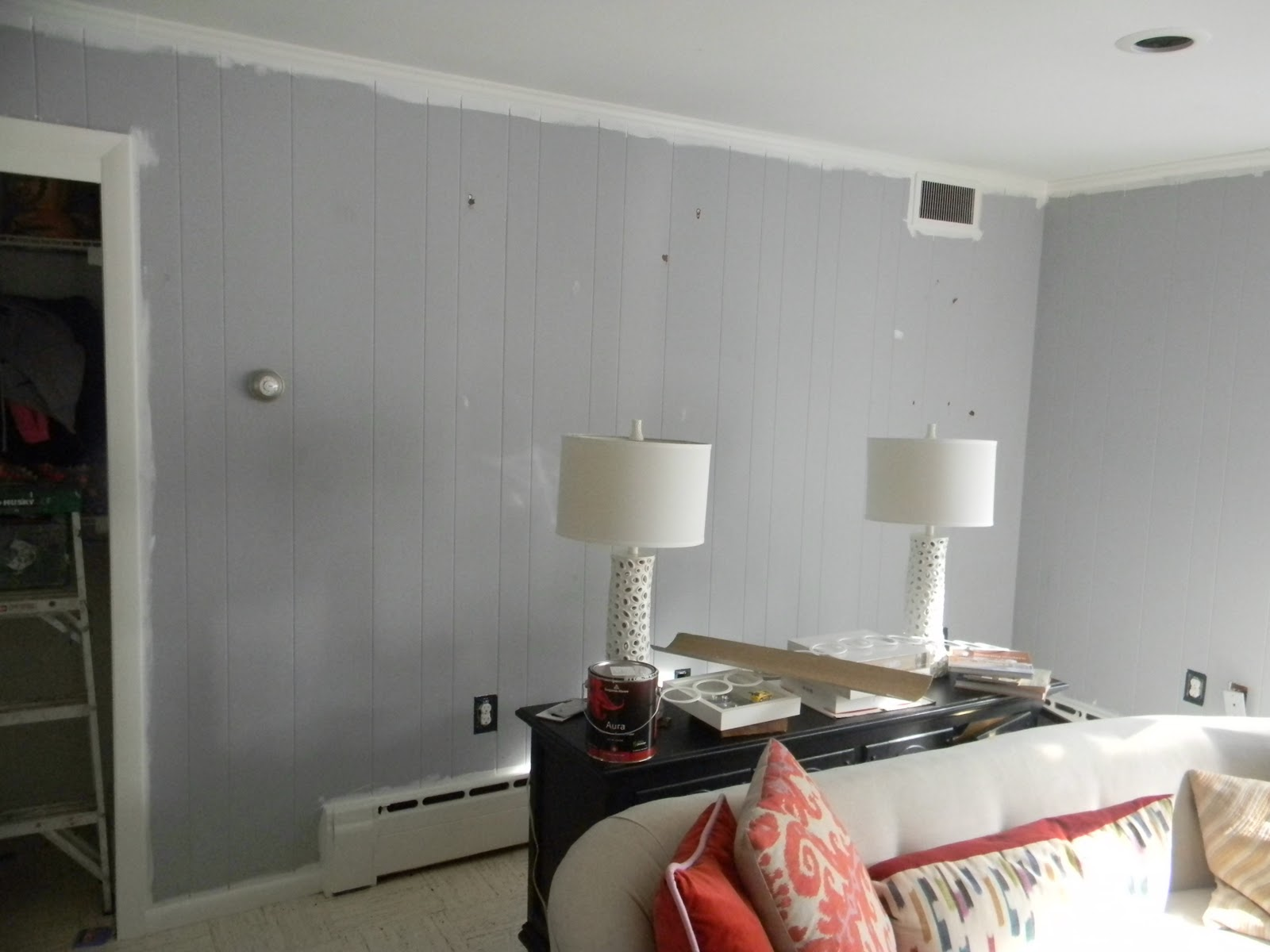 Painting over grasscloth wallpaper - Is get paint on your paper and this way the trim painting is easy