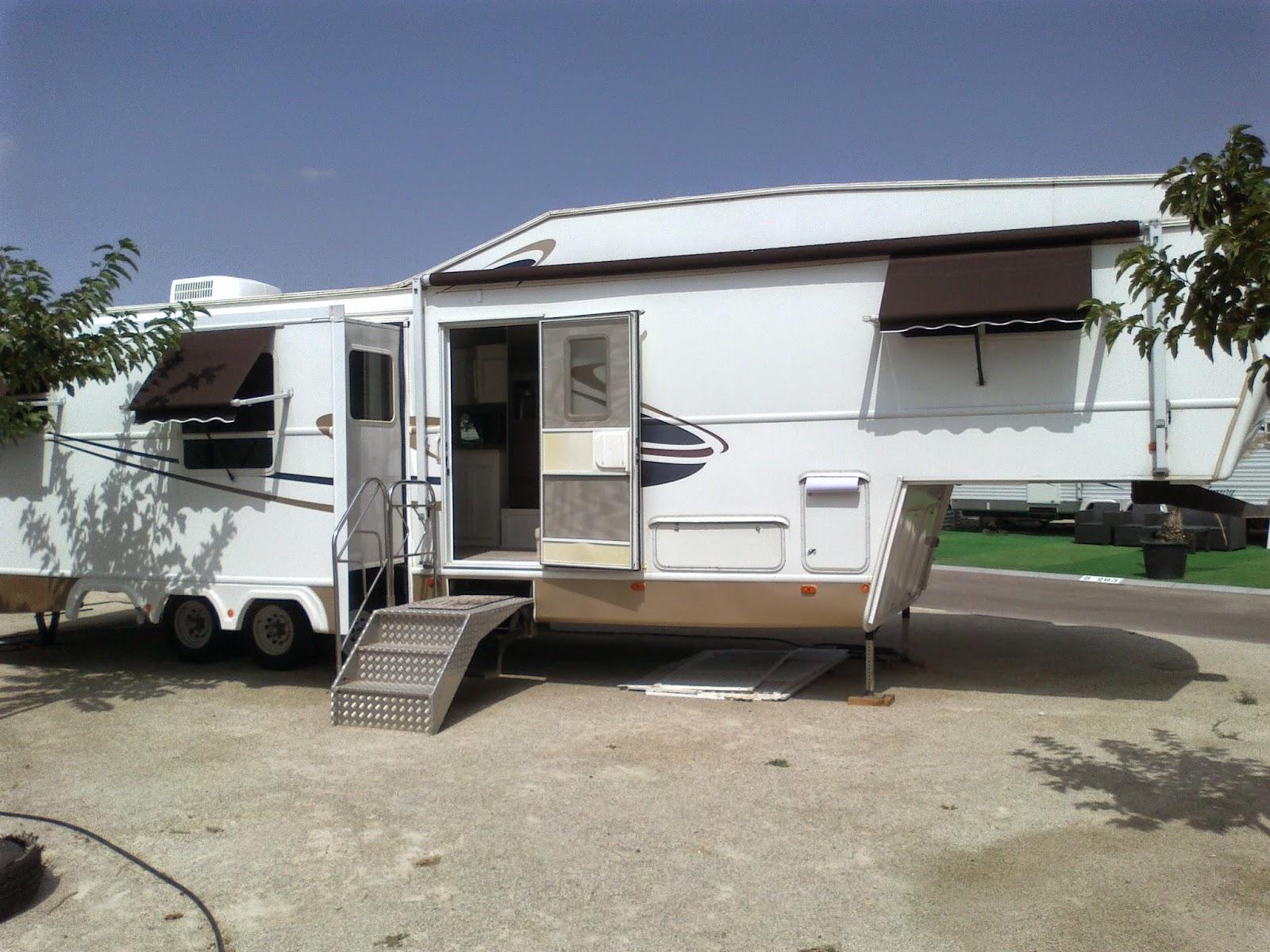 2005 35ft luxury by design 5th wheel caravan for sale s old