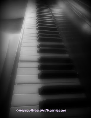 An old piano in the Old Brower Home in Mountain Brook, Alabama is said to play tunes on it's own in the middle of the night.