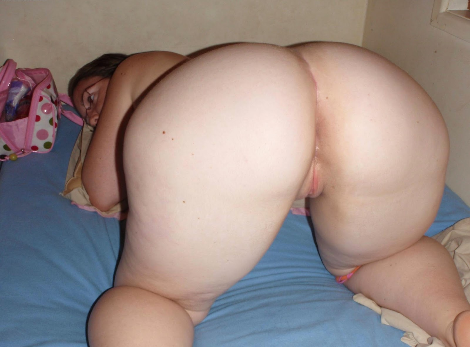 chubby with big tits and ass