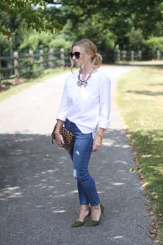 jcrew necklace, statement necklace, white tunice, distressed skinny jeans, current elliot jeans, clare v leopard clutch, jcrew heels