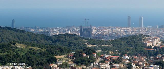 Barcelona, tres símbolos: torre Agbar, Sagrada Familia y Torres Mapfre