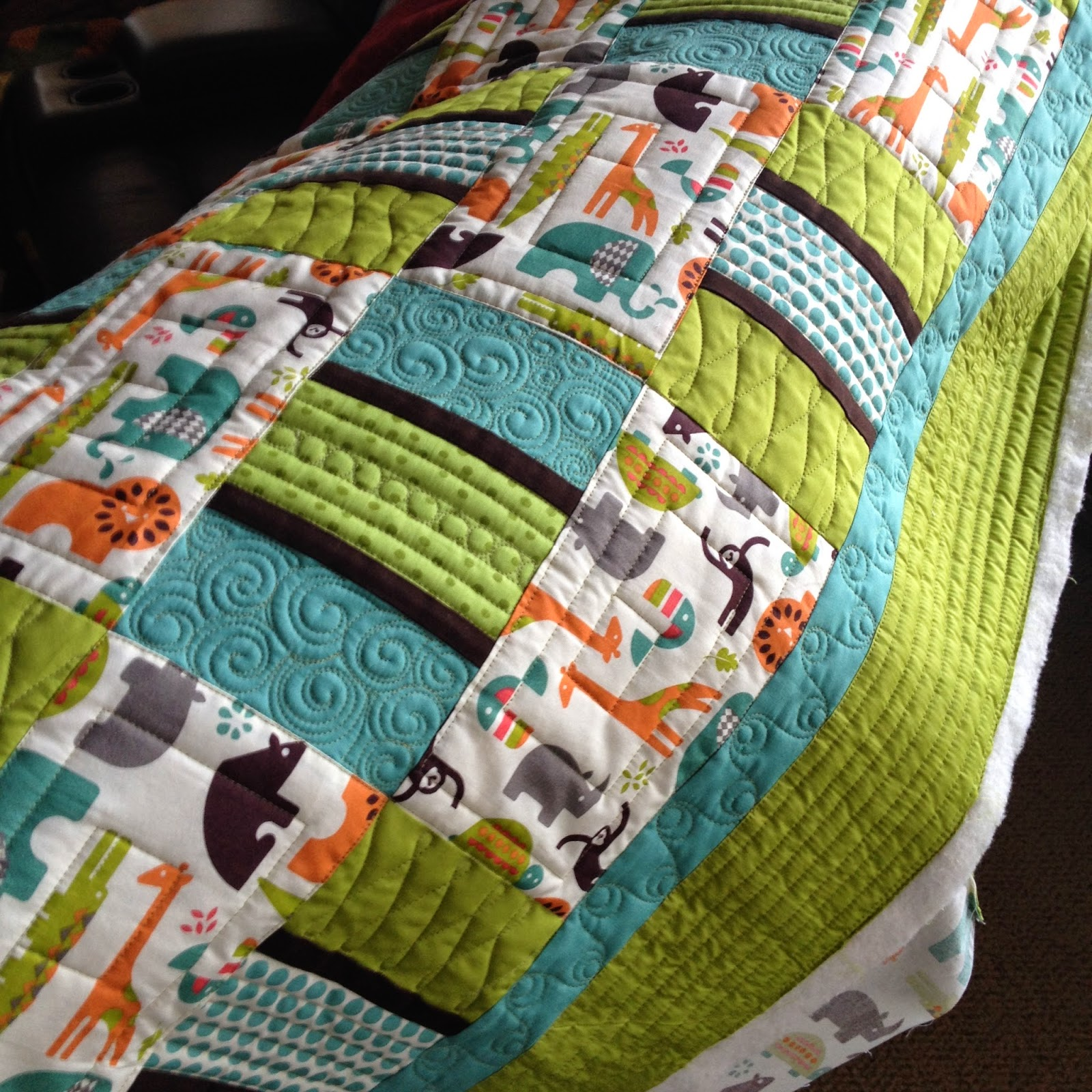 Urban Quiltworks: Straight line quilting and Channel Locks : quilting lines - Adamdwight.com