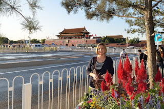 Margot in front of Tian'anmen Gate
