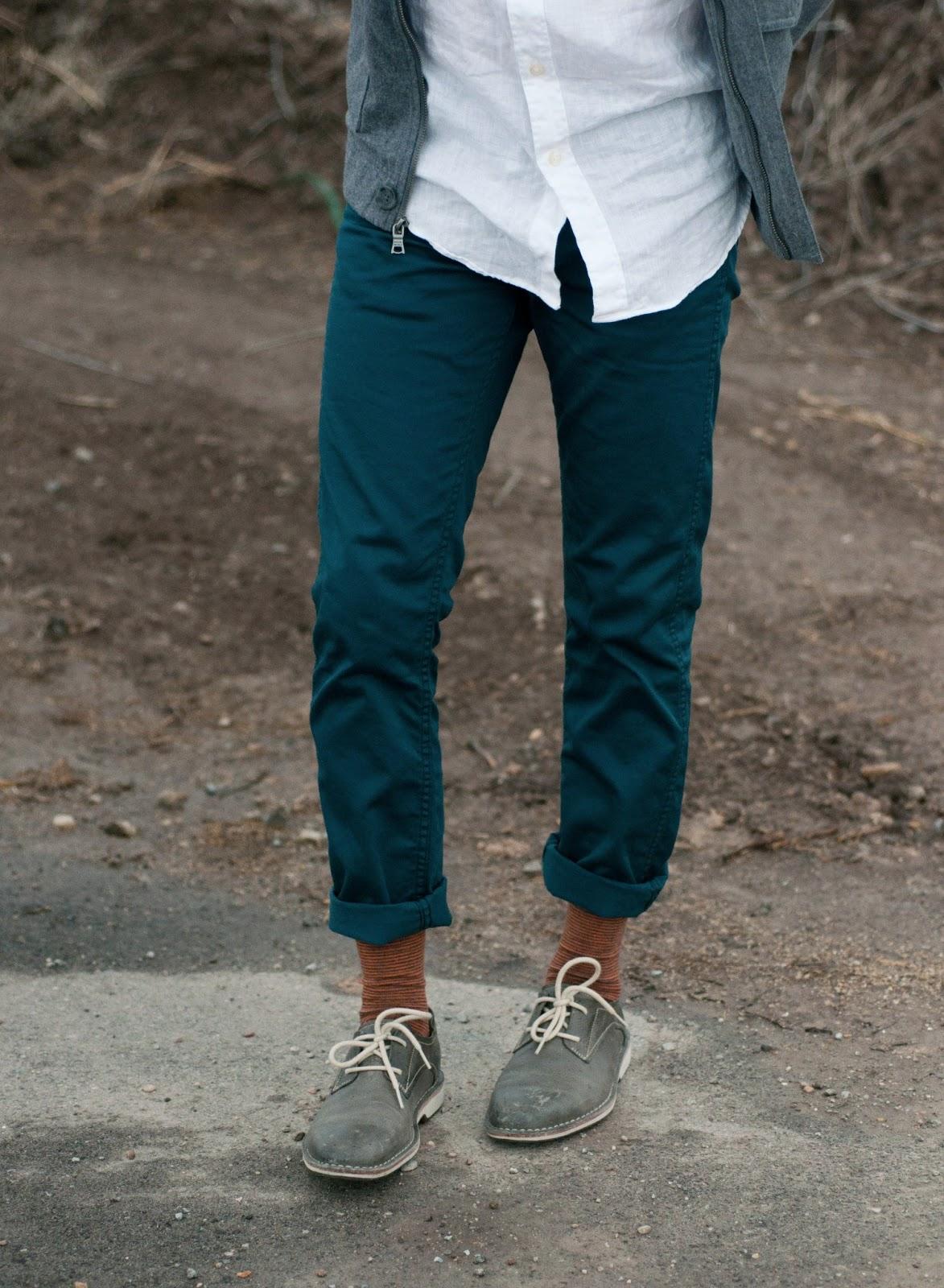 fashion blog, fashion blogger, anthropologie ootd, mens fashion blog, steve madden, mens fashion, style blog, fashion blog, zara, target, bow tie, mens bow tie, beanie, banana republic, levi, cole haan, jcrew, pirate socks
