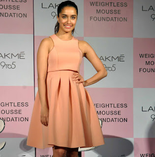 SHRADDHA KAPOOR Stills at lakme 9 to 5 weightless mousse foundation launch 3.jpg