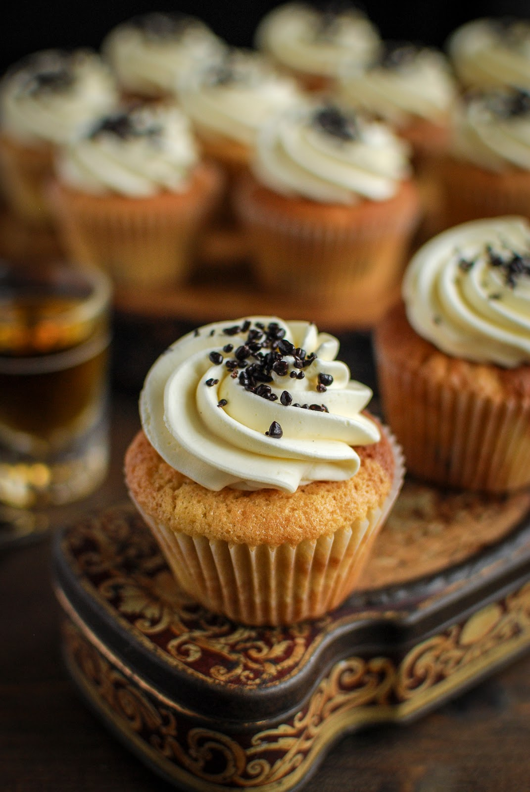 Rum & Raisin Cupcakes. A fabulous adult treat for the festive season.
