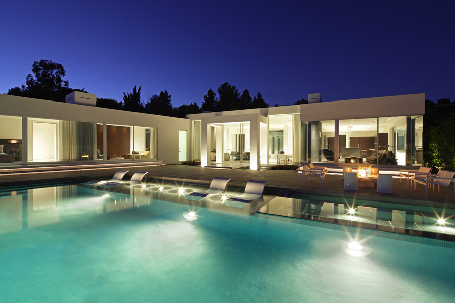 World of architecture minimalism in modern architecture for Minimalist house beverly hills