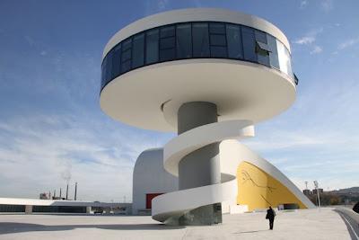 Koldo Miranda. Centro Niemeyer. Blog Esteban Capdevila