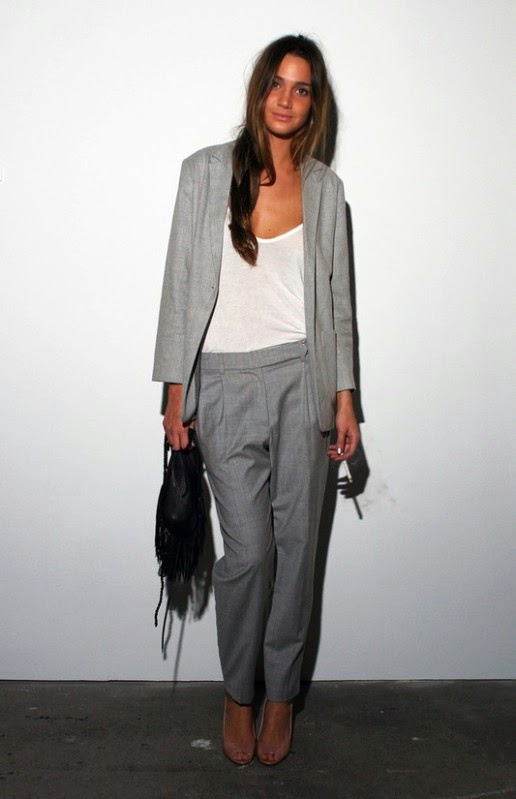 outfit grigio total look grigio come abbinare il grigio abbinamenti grigio total look grey how to wear grey mariafelicia magno colorblock by felym mariafelicia magno fashion blogger fashion blog italiani fashion bloggers italy outfit grigi street style grey outfit street style