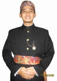 Gambar Baju Busana Adat Betawi DKI Jakarta