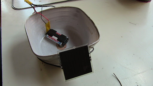 Solar battery charger & flower pot (first try)