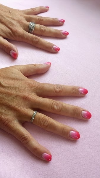 Ombre nails Manicure ombre