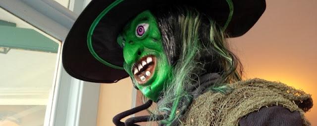 Witch, Halloween Window Display