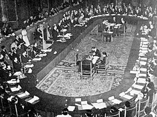 Sejarah Konferensi Meja Bundar (KMB)