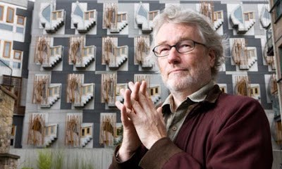 Writer Iain Banks seen in front of the Scottish Parliament Building at Holyrood in Edinburgh. Photograph: Murdo MacLeod (Observer)
