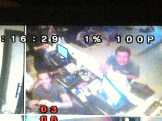 Las cámaras de seguridad graban el momento