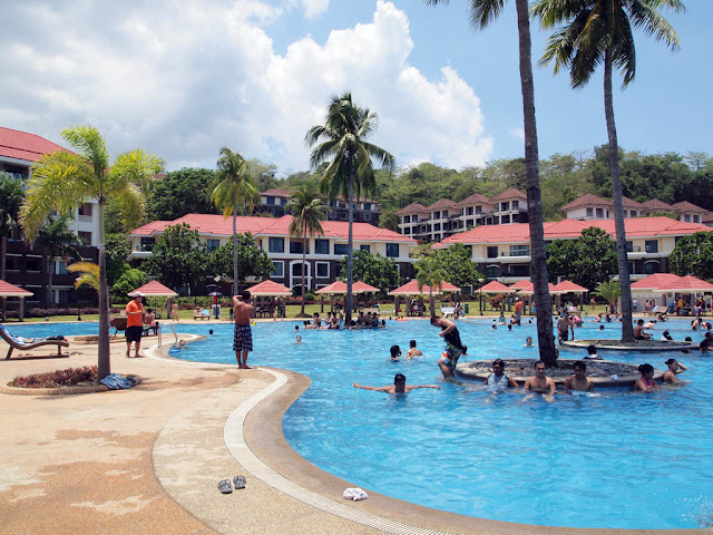 Jetskiing in canyon cove for Beach with swimming pool in batangas